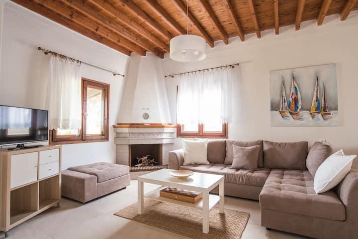 Quintessence Villa Trani Amouda