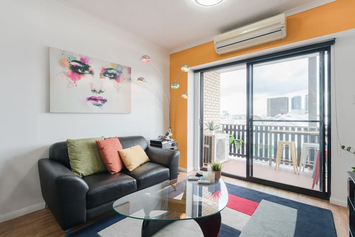 Fortitude Valley - Best location/Free Parking/wifi
