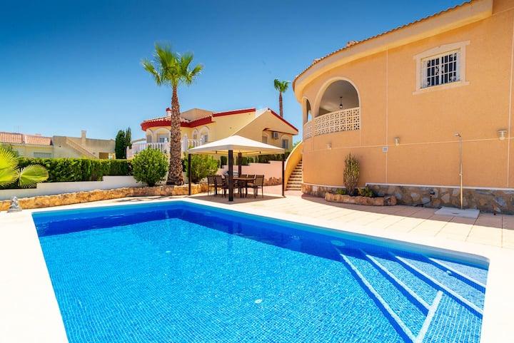Villa Lanzarote - C. Quesada, Rojales - Alicante