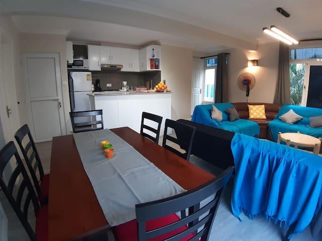 Bel appartement - 2 chambres - 50 m de la plage