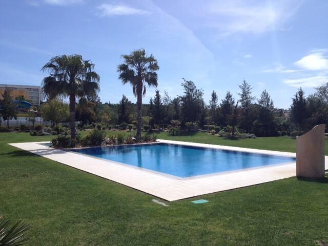 Oazis Villa 4 Bedr 8 pax Swimmingpool - Albufeira - Rumah