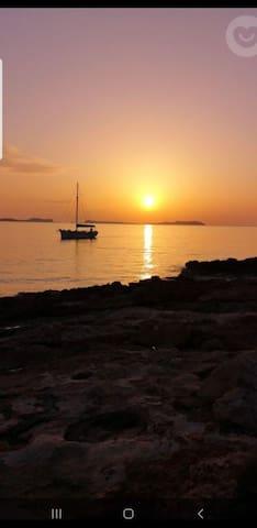 Ibiza,  momentos , aventura,ocio & amor a la vida.