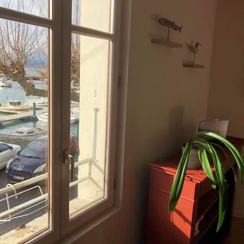 Fenêtre depuis la cuisine