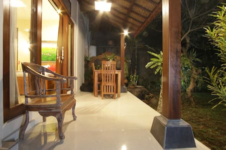Ubud Centre loris 1BR with pool - Ubud - Aamiaismajoitus
