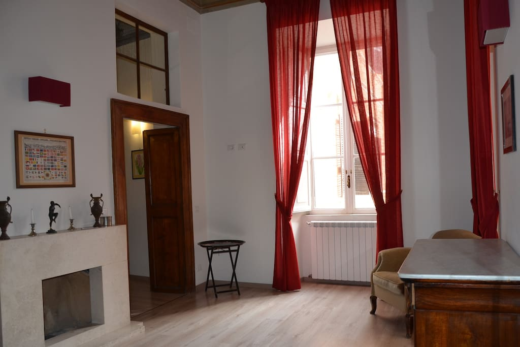 Piazza Di Spagna Luxury Appartment Apartments For Rent