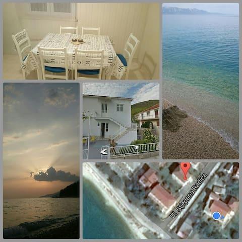 Room for rent in Zaostrog - Zaostrog - Casa