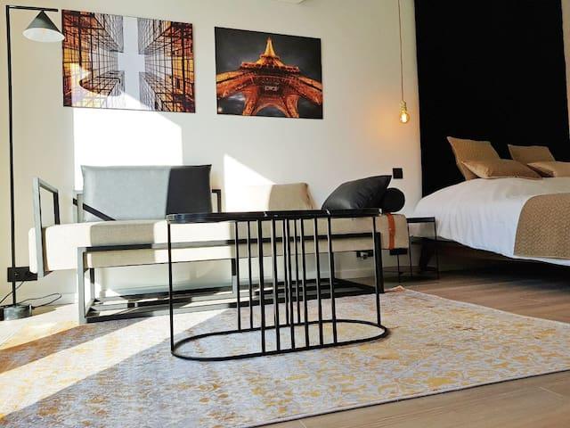 akemi b&b **** - room Art Deco 2.0