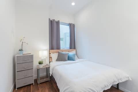 Modern private bedroom near Sunset Blvd