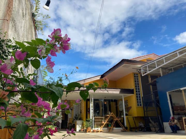 Backpackers Hostel in Guadalupe Cebu City