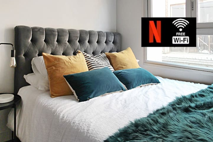 NY Loft in the Heart of SYDNEY- Netflix & WIFI