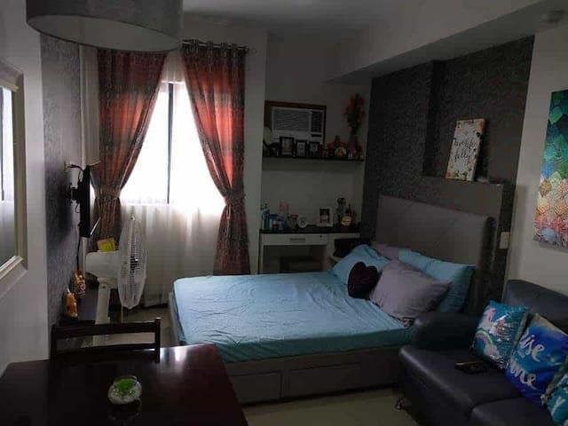 Near Ayala Center Cebu City, IT Park Cebu,