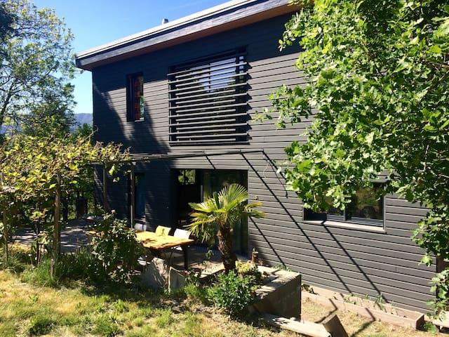 Maison en bois, écologique - Prades - บ้าน
