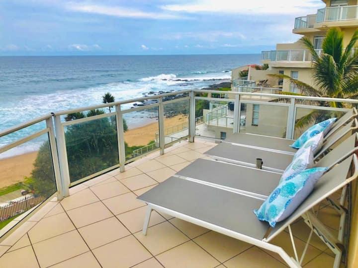 Triple Storey Beachfront Apartment with Sea Views