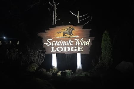 Seminole Wind Lodge - Clare