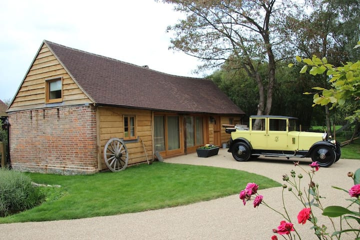 Darling Buds of May Farm - Cart Lodge
