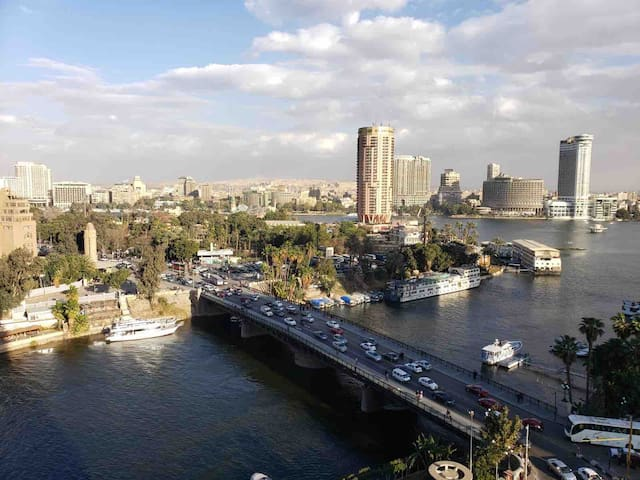 Apartment with marinas and garden direct to Nile