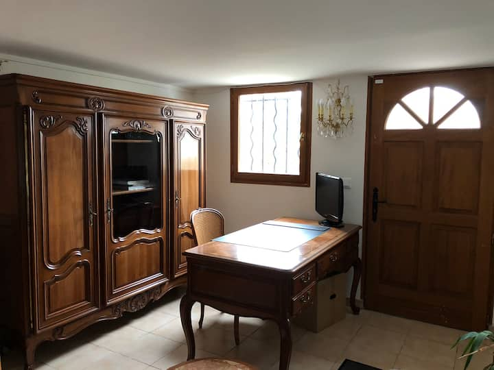 Private Office Day rental only/ Bureau Privée