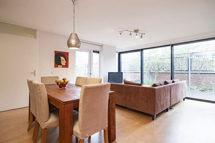 NEW! Spacious house @Utrecht suburb