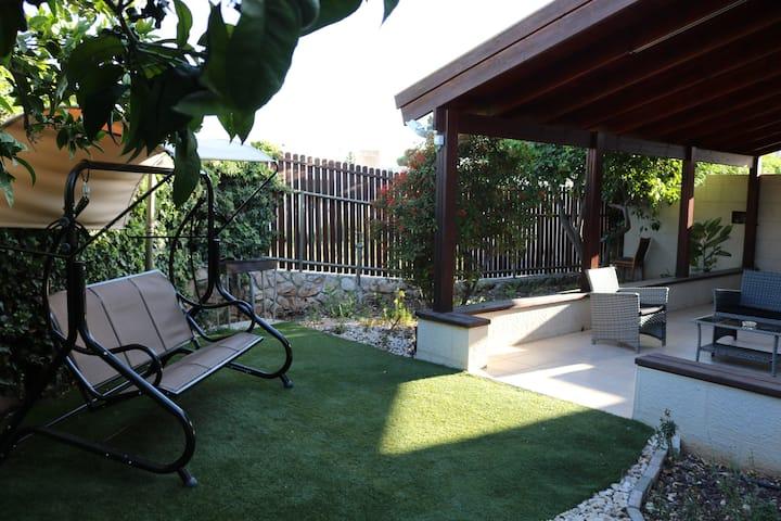 Aj Gardens apartment