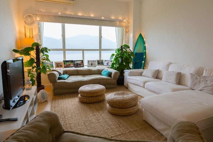 Cozy Apartment with nice views in Discovery Bay