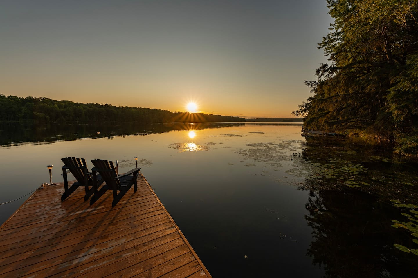 Sunrise at Indian Lake B&B brings the promise of a day of rest, relaxation and beautiful interactions with nature along the pristine waterways of the Rideau.  Come experience a very special getaway that you will not forget.