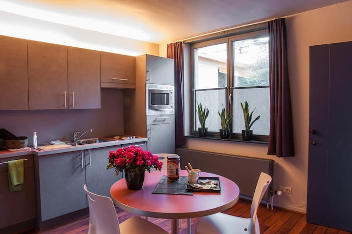 Studio 5 minutes walking from Market square - Brugge - Appartement