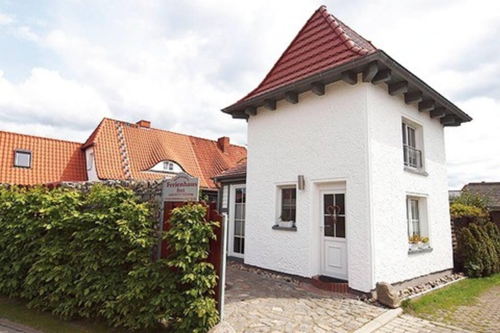 trafohaus h user zur miete in zingst mecklenburg vorpommern deutschland. Black Bedroom Furniture Sets. Home Design Ideas