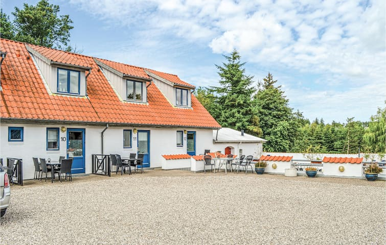 Holiday apartment with 2 bedrooms on 47m² in Ebeltoft