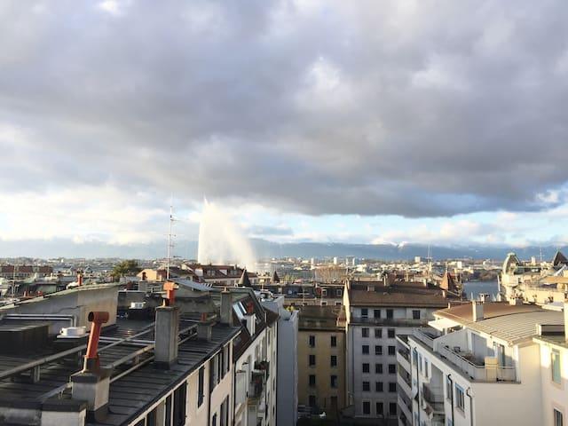 Panoramic View Penthouse Near Jet D'eau