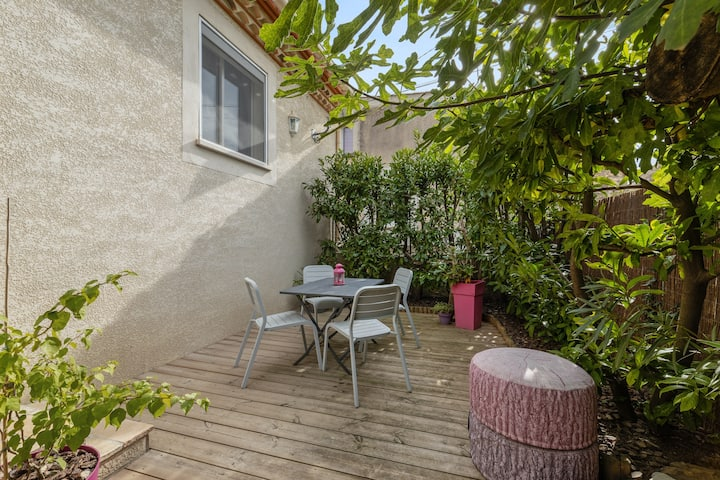 House with one bedroom in Poussan, with enclosed garden and WiFi - 15 km from the beach