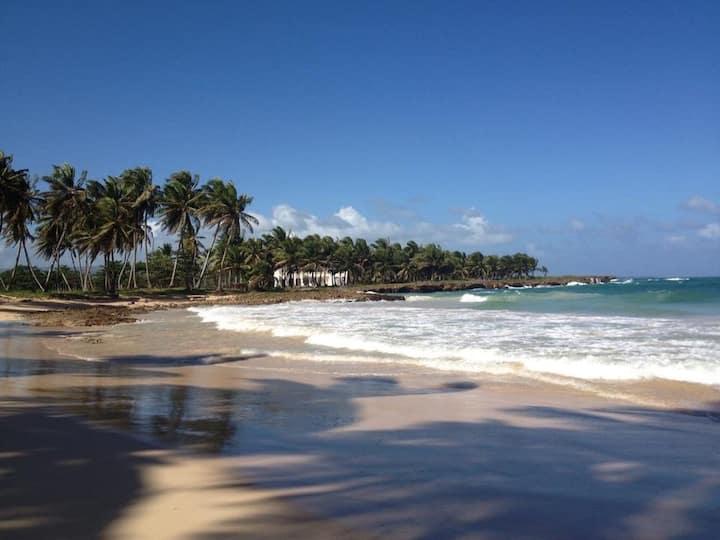 Baoba Breeze BnB (price/room)- beachfront paradise