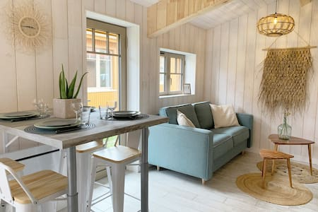 Lovely renewed beach house 150m from the beach