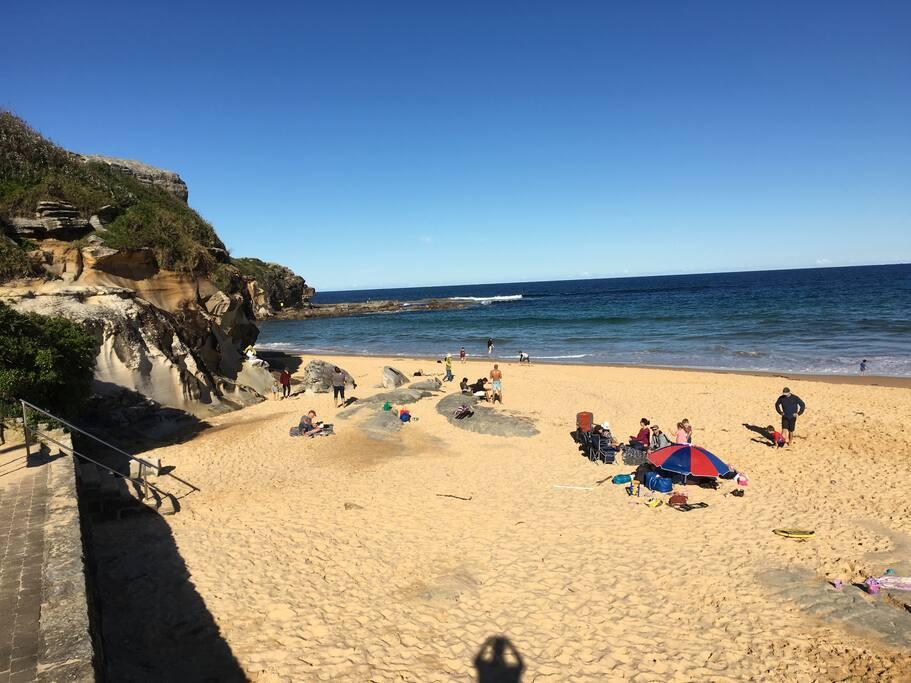 Patrolled beach and ocean pool