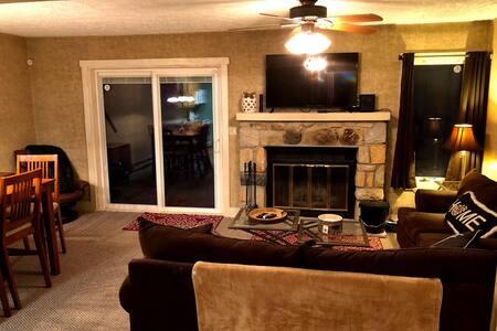 Cozy retreat on Jack Frost Mountain!