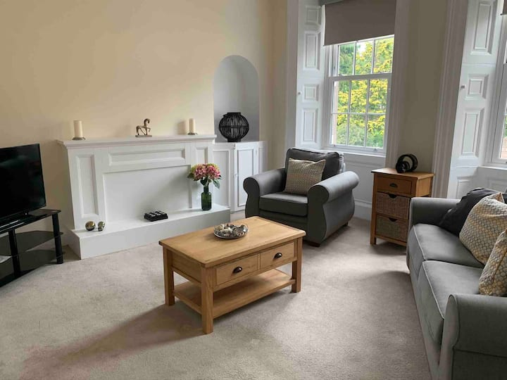 Cosy Apartment  1 - Lanark Town Centre