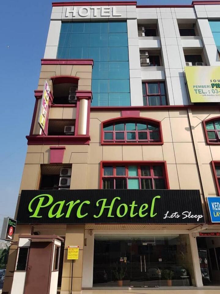PARC HOTEL (PELANGI DAMANSARA)