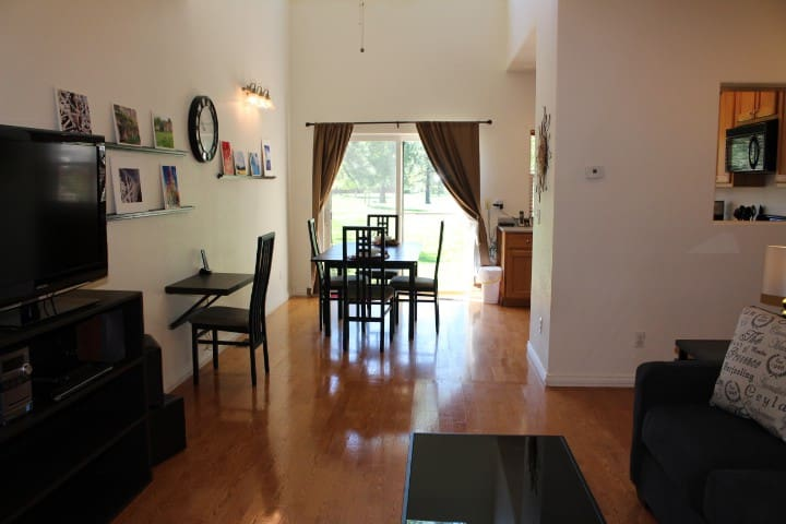 3 BEDROOM ARVADA TOWNHOME