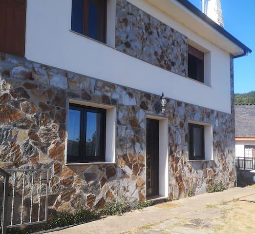 Una casa en el paraíso, en Santa Eulalia de Oscos