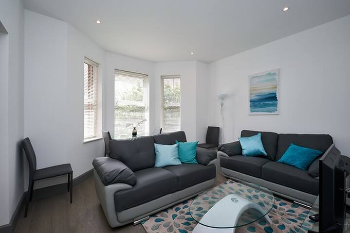Luxury Apartment in Camberley - first floor