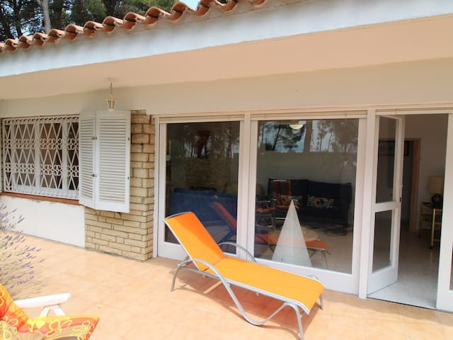 Holiday home for 6 guests 10 minutes far from Cambrils