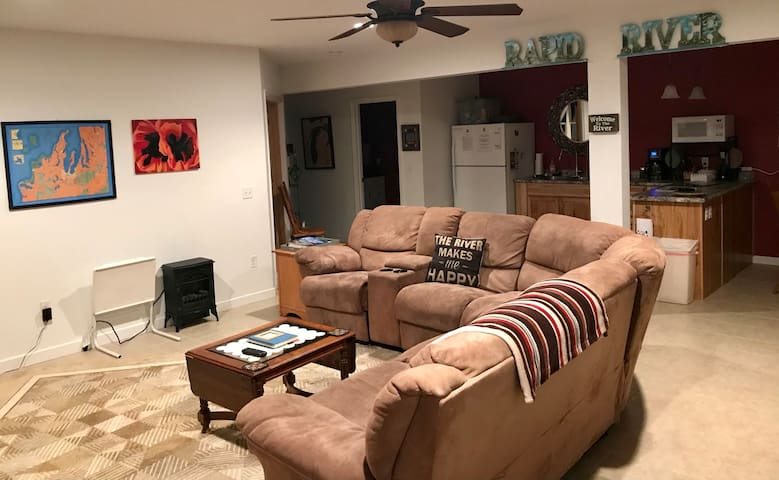 Living room area is wide open so everyone can communicate easily and not feel excluded. Supplied with plenty of movies and  Dish Network (w/ On-Demand movies-extra fee)