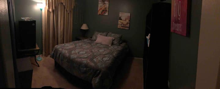 Clean room close to Red Rock!
