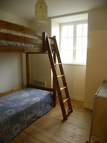 Chambre enfants - lits superposés