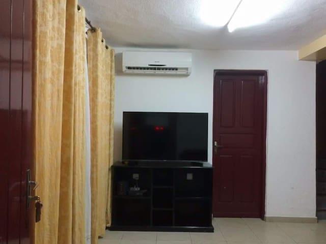 Résidence Essame (Appartement T3)