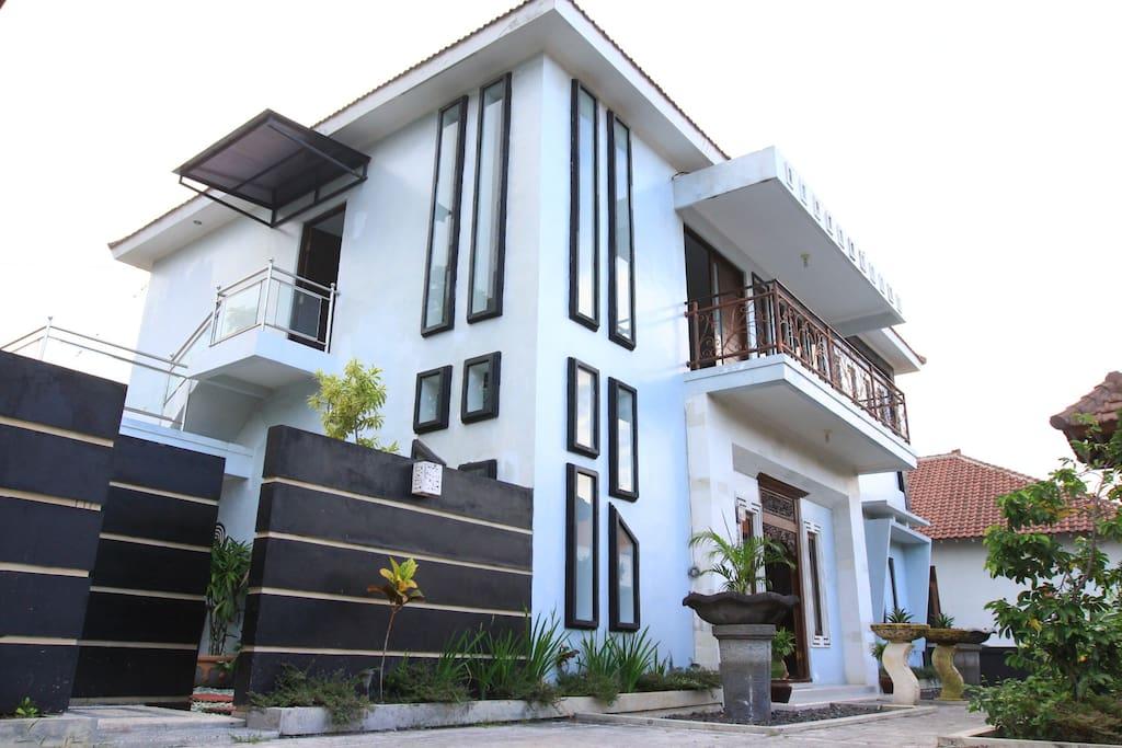2 Floor Building