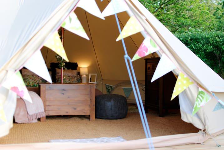 Llwyn yr Helm Bell Tent