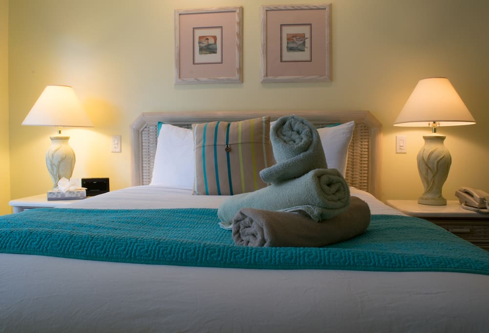 Rest well on our ultra comfy beds with luxurious linens.