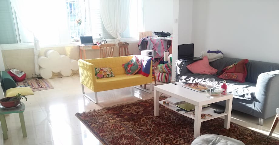 Cozy room in gorgeous house - Tel Aviv-Yafo - บ้าน