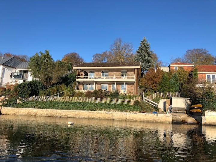 Villa ved vandet