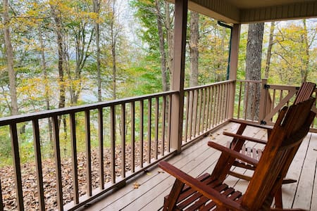 Cozy Cabin off Country Road, Close to Bourbon Trl